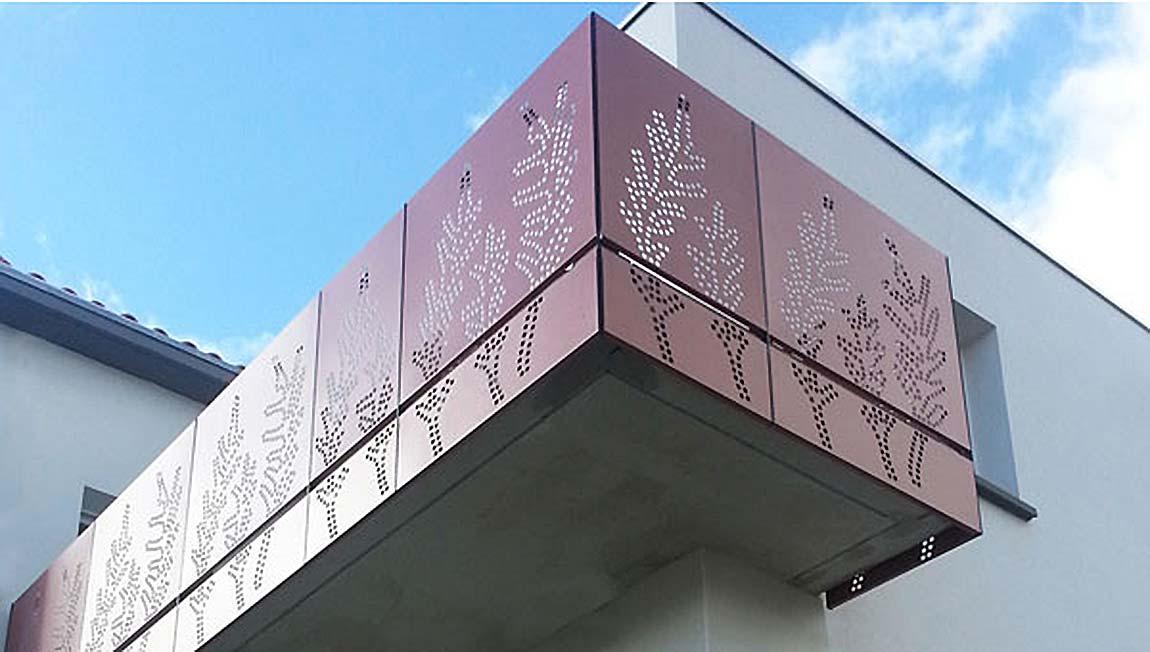 un balcon de l'immeuble La Marzille à Vertou